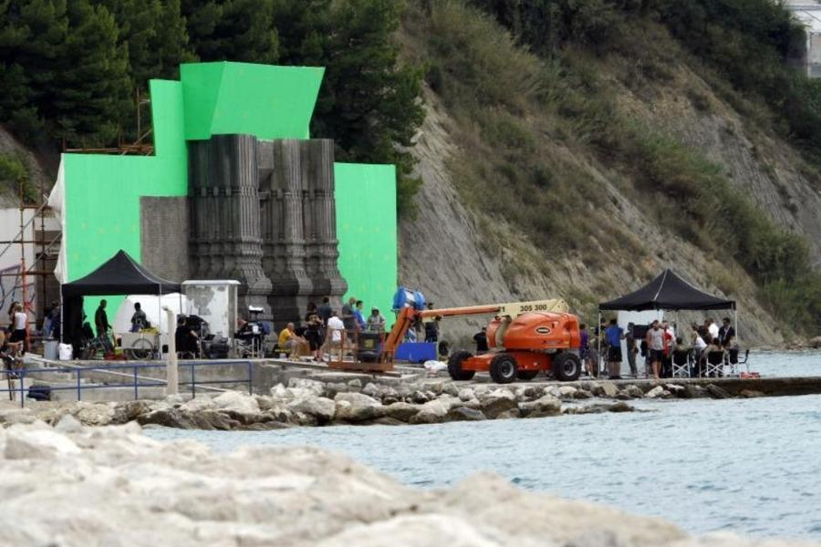 Right On Schedule, Filming Of Game Of Thrones Season 5 In Croatia Has Moved  On To A New Location In Split.