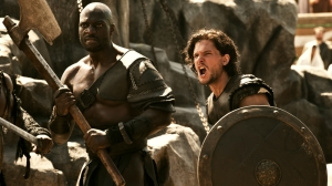 Adewale-Akinnuoye-Agbaje-and-Kit-Harington-in-Pompeii-2014-Movie-Image