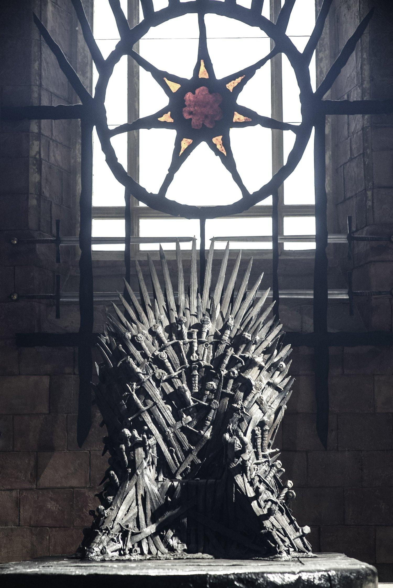 Looking forward game of thrones ep 504 where are they for Iron throne painting