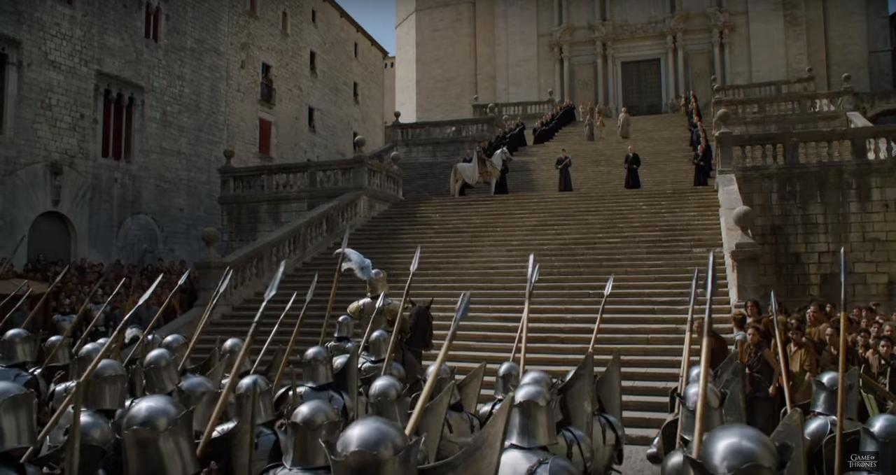 Localizaciones de juego de tronos en girona lifestyle for Escaleras juego de tronos