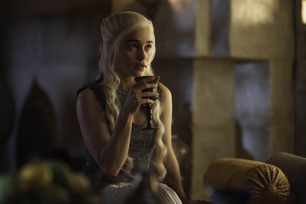 Game of Thrones Memory Lane 407: Mockingbird | Watchers on ... Daario Naharis And Daenerys Season 4