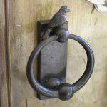 bird-knocker