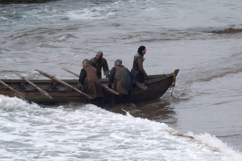 Jon Crossing the Delaware