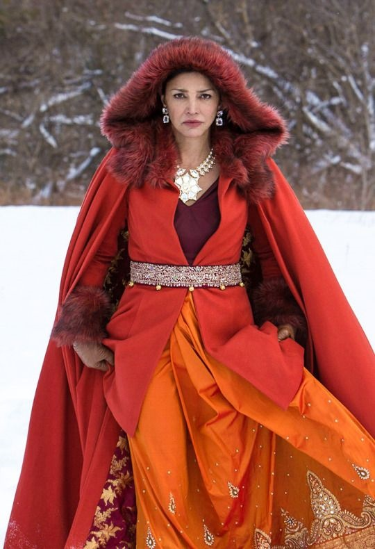 Shohreh Ahdashloo in The Expanse
