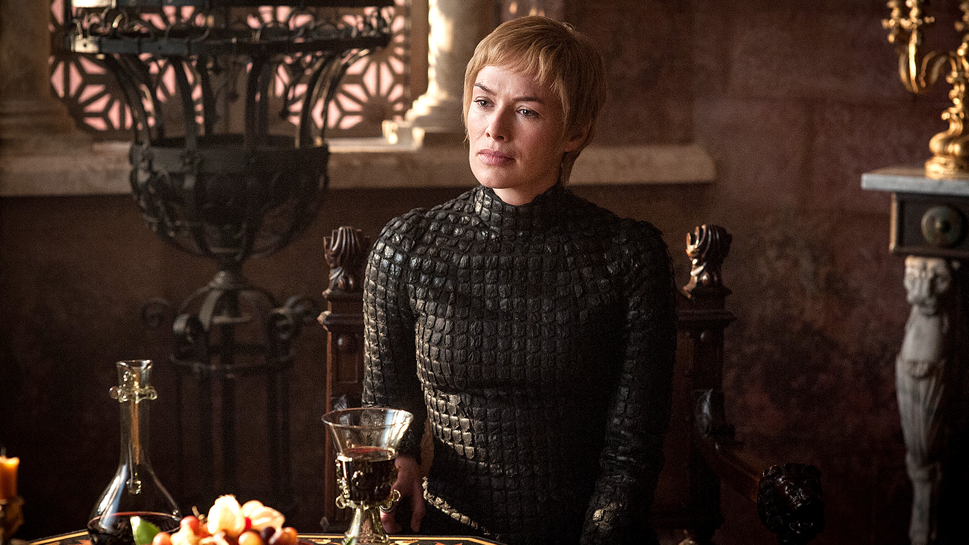 Cersei Eastwatch seated