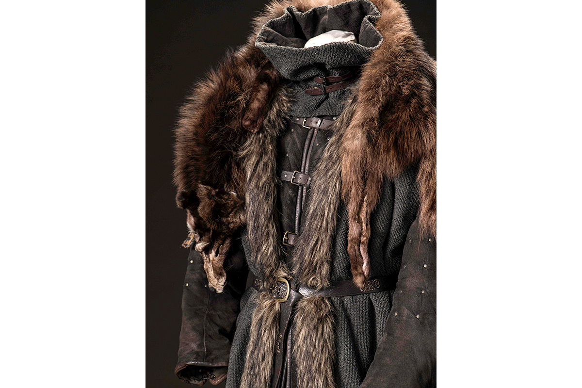 mgot_bran_costumes_01_1200x800