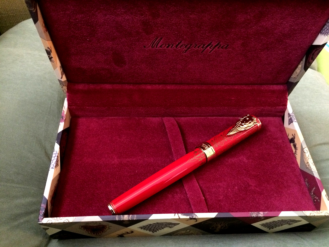 Montegrappa House Lannister Pen Review