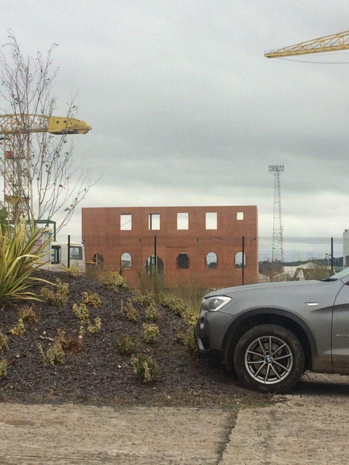 L7R Set Belfast 3