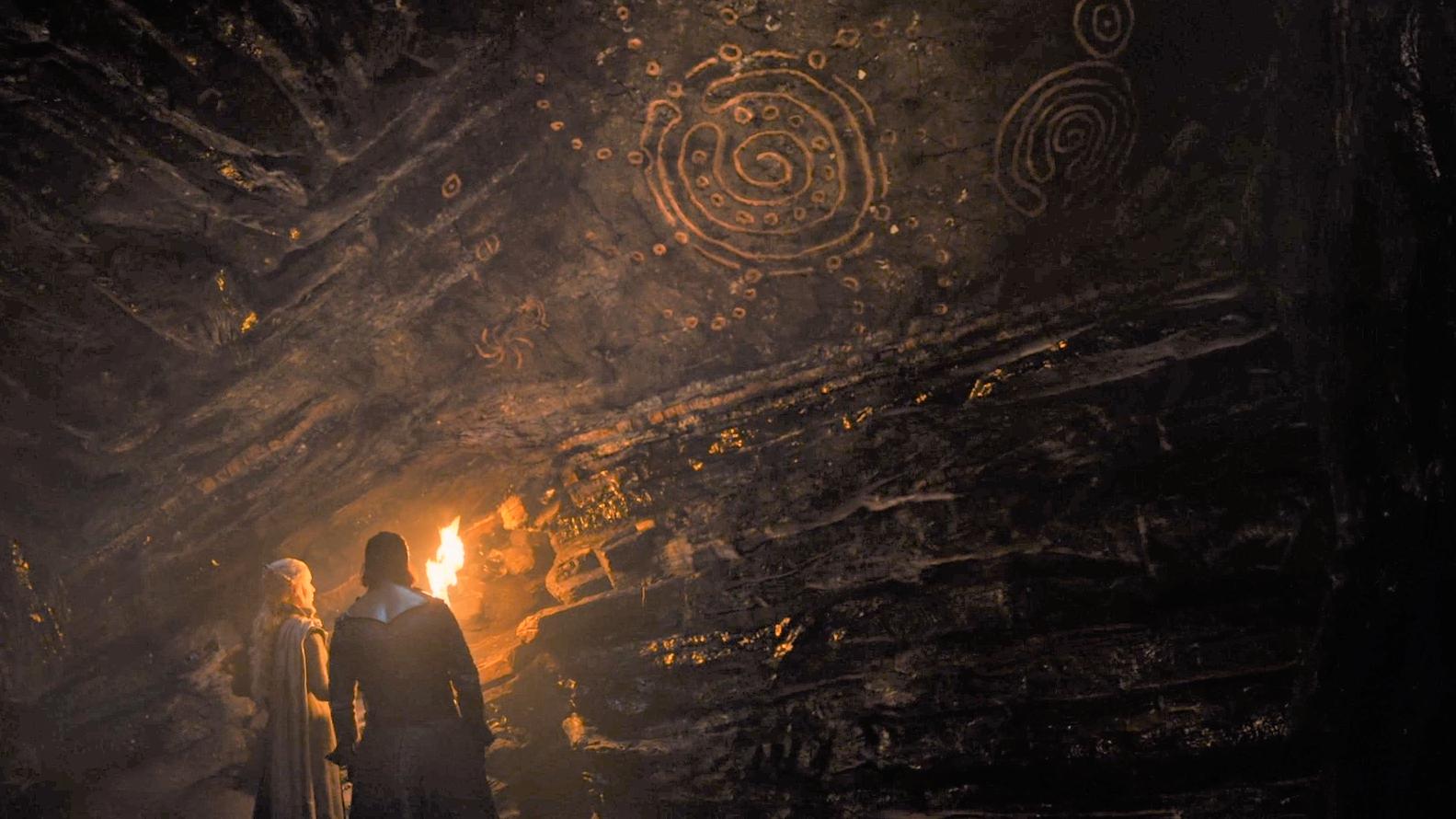 7x04 Jon Daenerys Dragonstone Caves