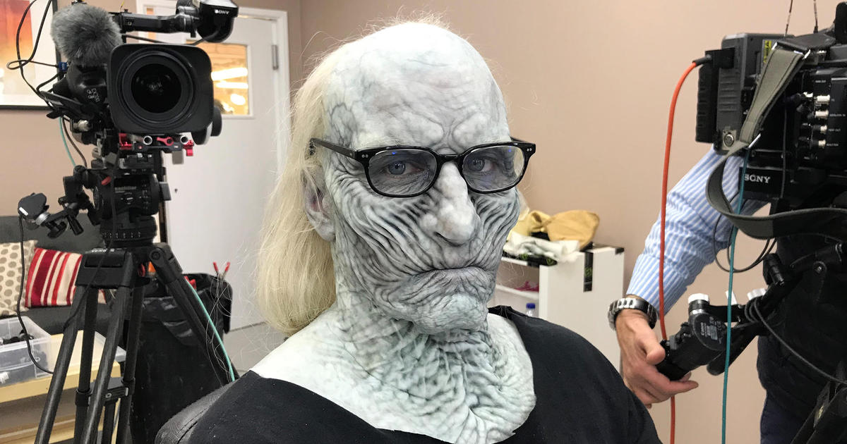 Anderson Cooper White Walker