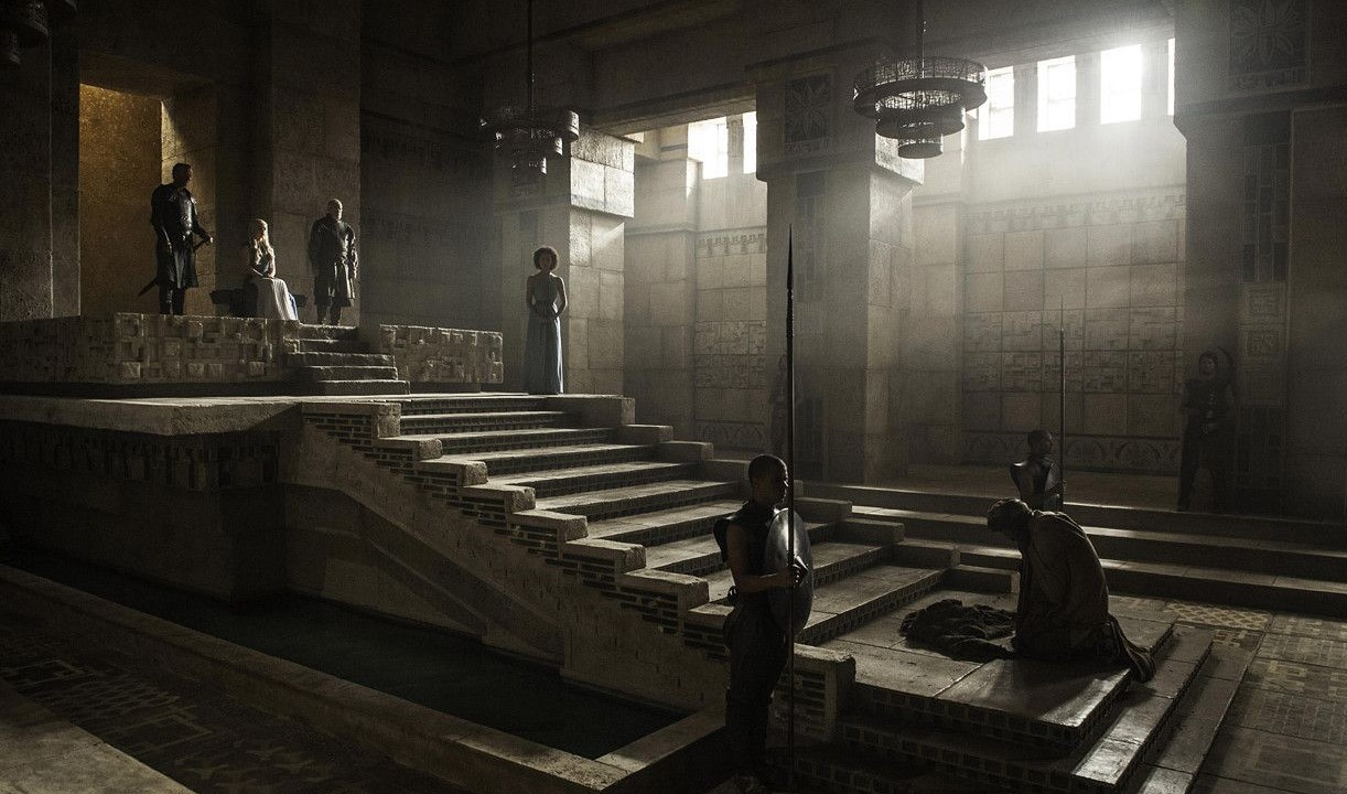 Meereen Throne Room Audience Chamber Season 4 Daenerys