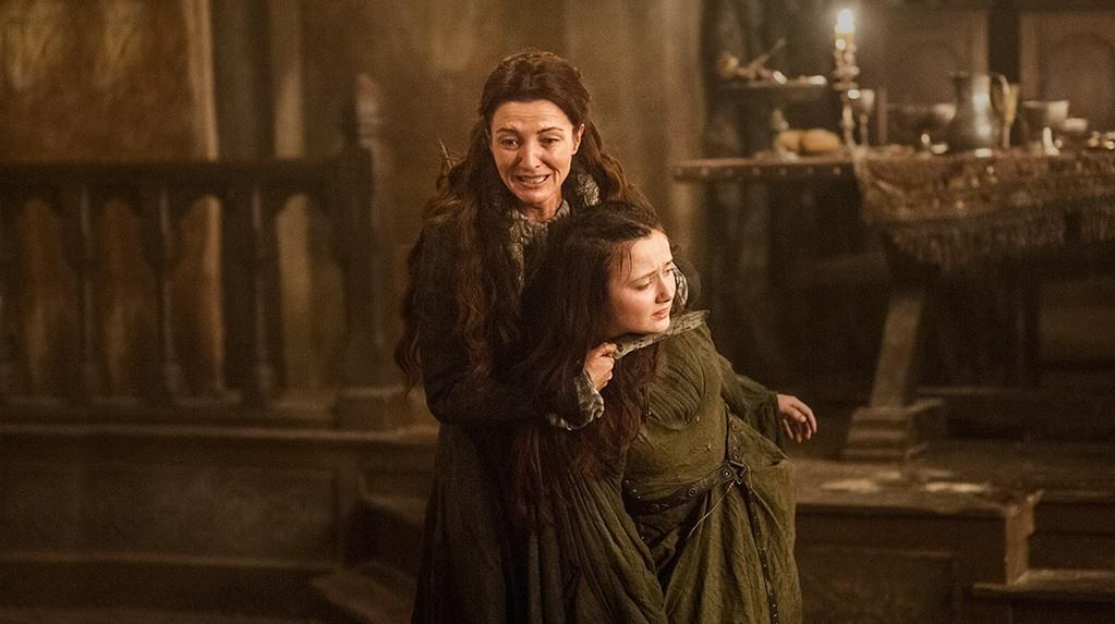 Catelyn takes a hostage during the Red Wedding