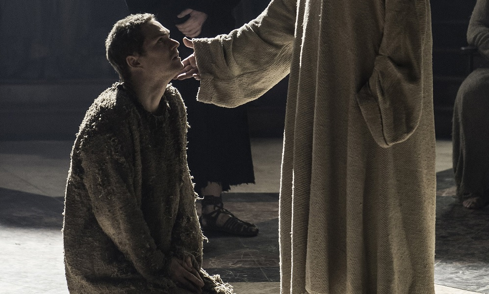 Finn Jones as Loras Tyrell in The Winds of Winter Game of Thrones