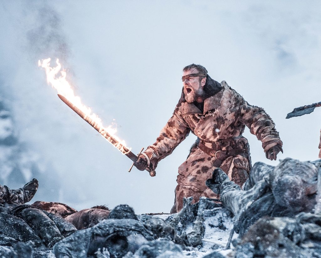Beric Dondarrion flaming sword Beyond the Wall