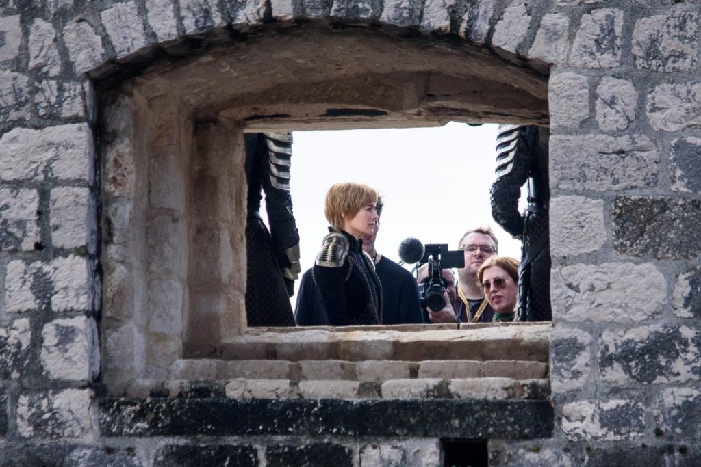 UPDATE! Cersei meets unexpected main character in Dubrovnik shoot