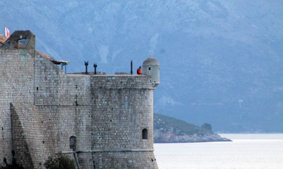 As well as down in the harbor, a set has been built on the Bokar Fortress. / Photo: The Dubrovnik Times
