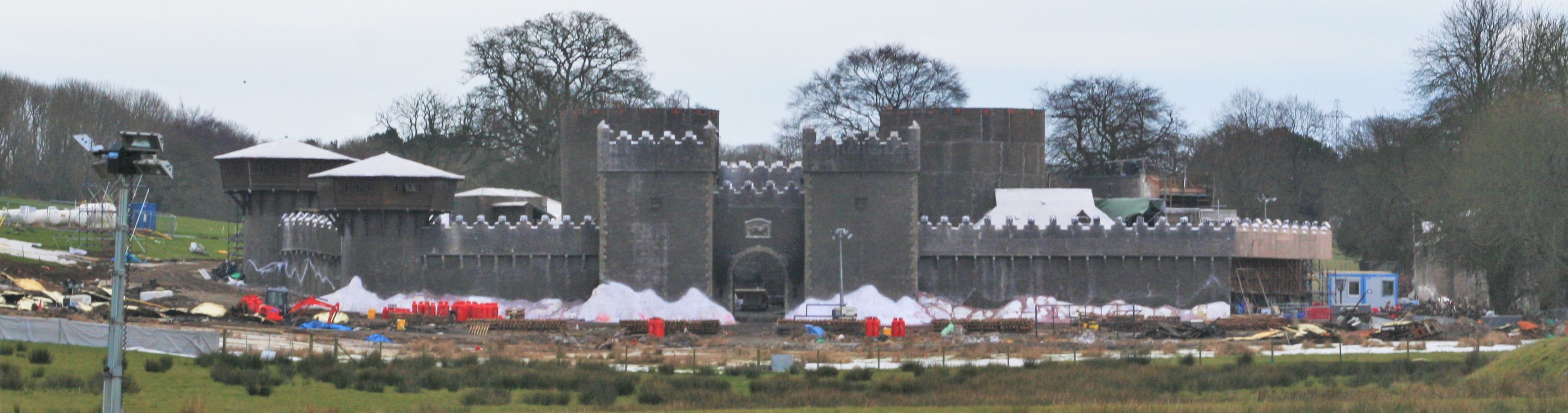 We reported on the much-expanded Winterfell set during filming