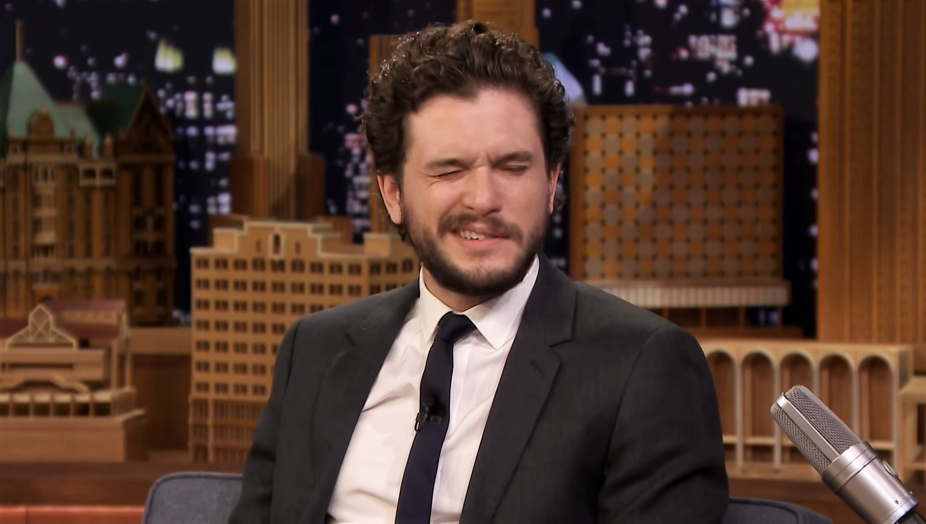 "Kit Harington ""winks"" his way out of Season 8 spoilers"