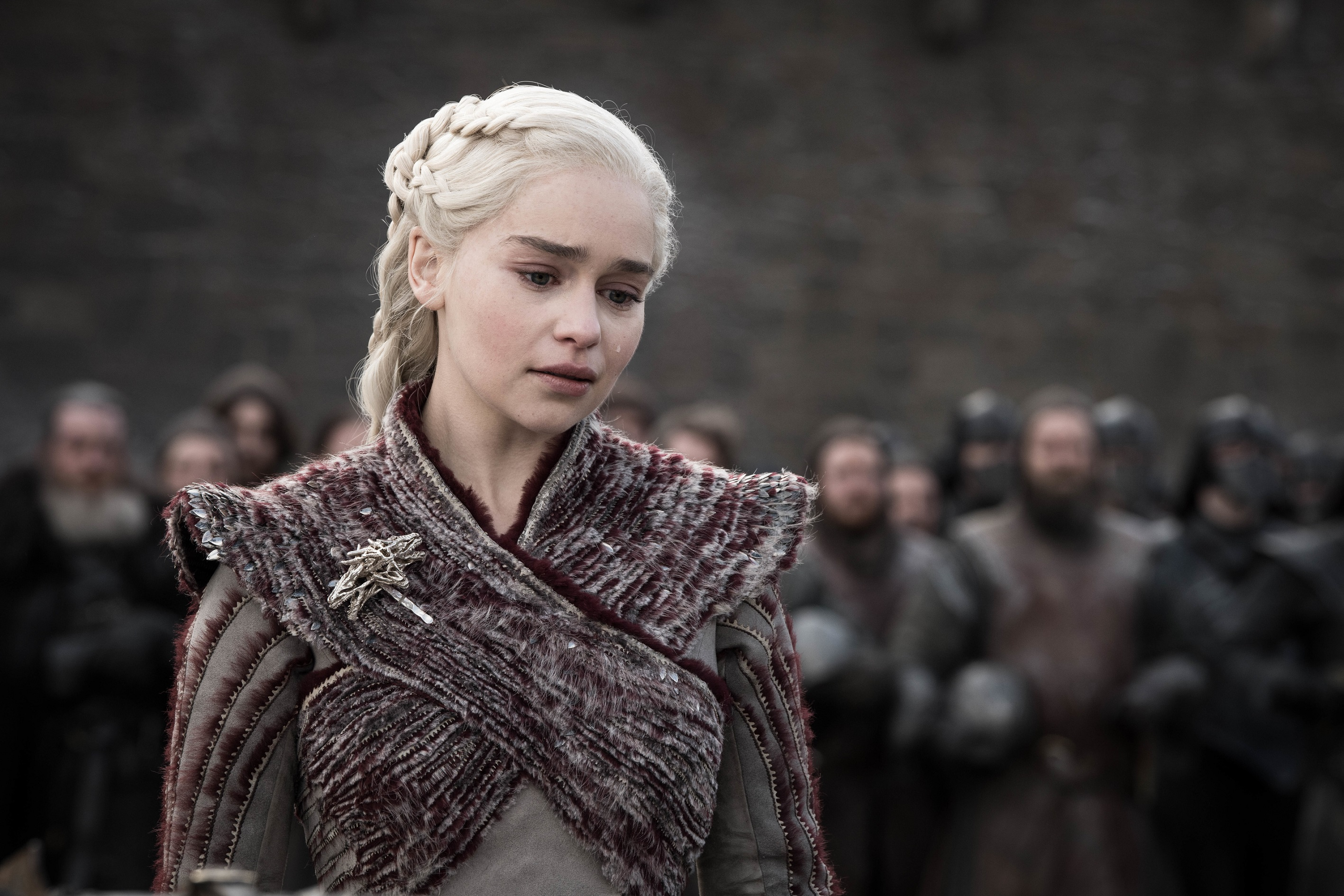 Emilia Clarke Heartbroken At Fan Reaction To Game Of Thrones Ending Season 8 Scripts Reveal Deleted Scenes Watchers On The Wall A Game Of Thrones Community For Breaking News Casting And Commentary